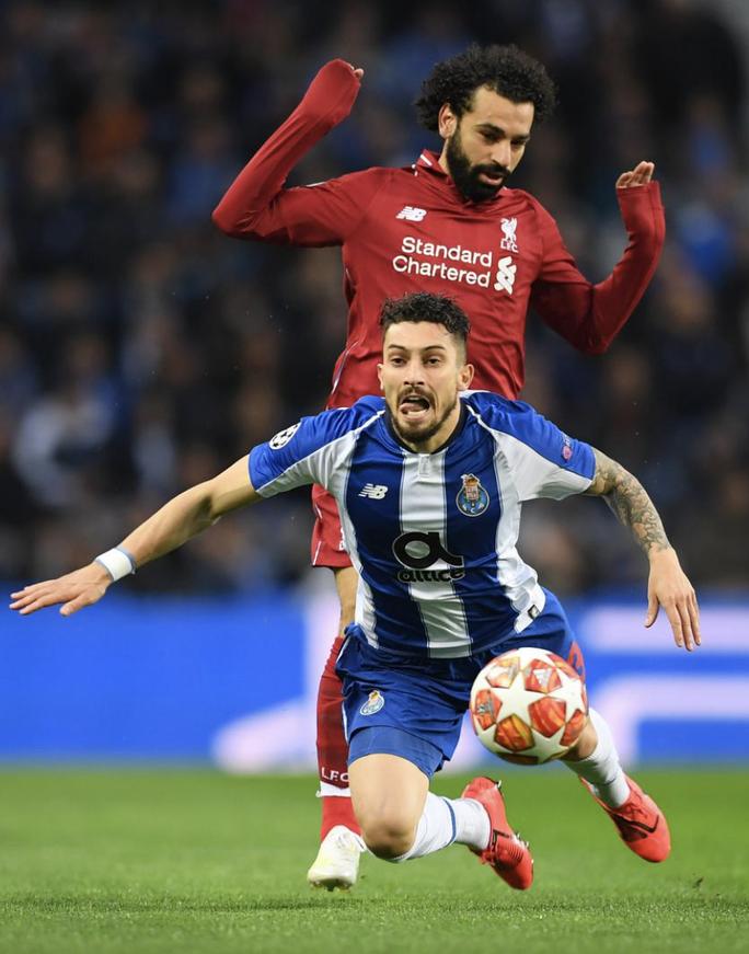 Cavani nhận áo số 7, Telles và Pellistri gia nhập Man United giờ chót - Ảnh 6.