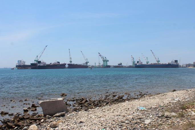 Khánh Hòa: Khước từ dự án 2.000 tỉ đồng làm kho xăng dầu ngoại quan Vân Phong - Ảnh 1.