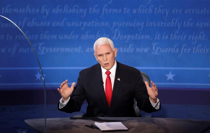 Bầu cử Mỹ: Hai phó tướng tranh luận từ tốn nhưng gay gắt - Ảnh 4.