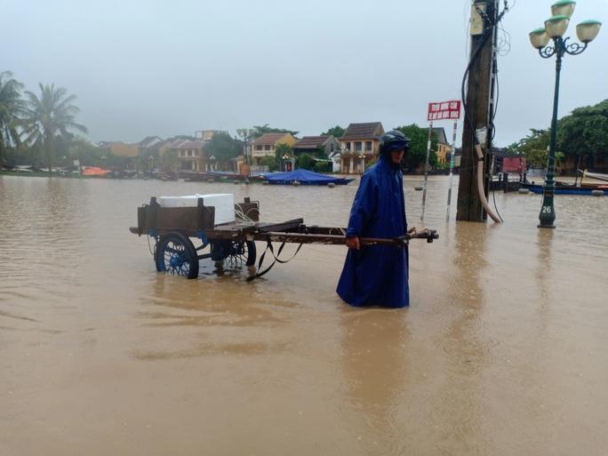 Thủy điện đầy ắp nước, Quảng Nam lại sắp hứng đợt mưa lớn - Ảnh 3.