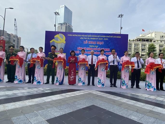 Triển lãm chào mừng Đại hội Đại biểu Đảng bộ TP HCM - Ảnh 1.