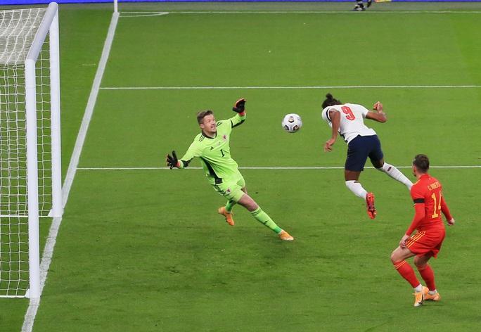 Cựu sao Liverpool lập siêu phẩm, tuyển Anh thắng đậm Xứ Wales - Ảnh 3.
