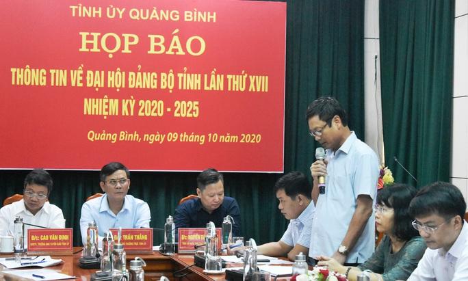 Hủy tư cách đại biểu 2 lãnh đạo bị đưa nhầm vào danh sách dự Đại hội Đảng bộ tỉnh Quảng Bình - Ảnh 2.