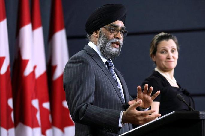 Canada kêu gọi NATO giám sát Trung Quốc trên biển Đông - Ảnh 1.