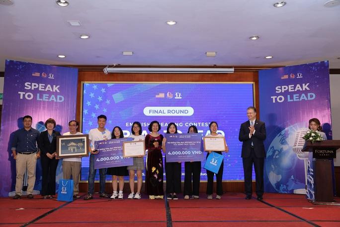 Đội học sinh từ An Giang giành thắng lợi thi hùng biện bằng tiếng Anh - Ảnh 4.