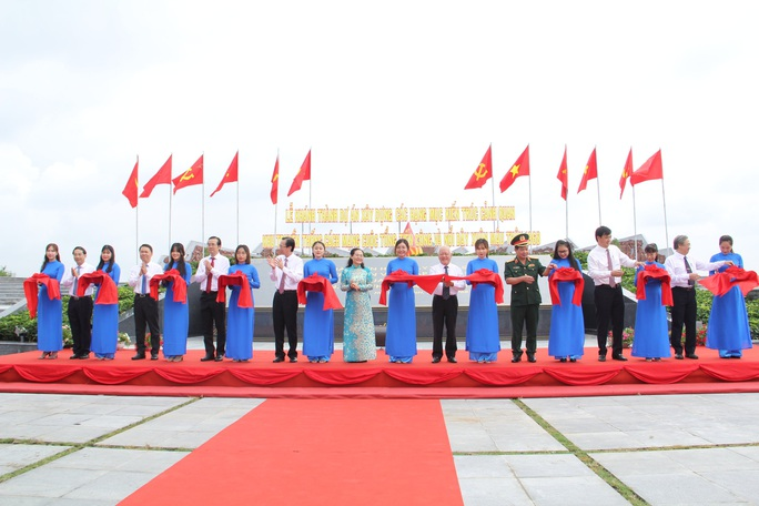 Khánh thành khu truyền thống cách mạng Cuộc Tổng tiến công và nổi dậy Xuân Mậu Thân 1968 - Ảnh 1.