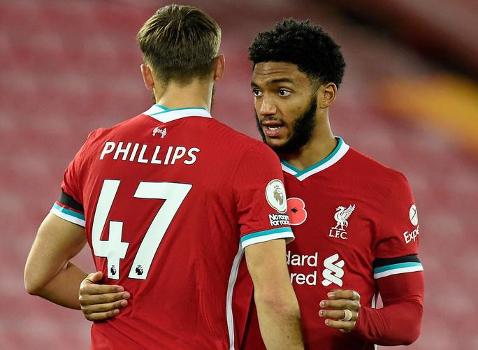 Siêu dự bị tỏa sáng, Liverpool trở lại ngôi số 1 Ngoại hạng - Ảnh 3.