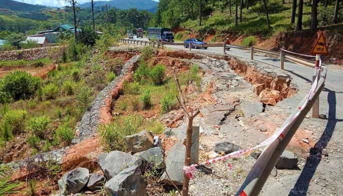 Lâm Đồng: Báo động khẩn nguy cơ sạt lở, ngập úng, hồ đập hư hỏng đe dọa vùng hạ du - Ảnh 2.