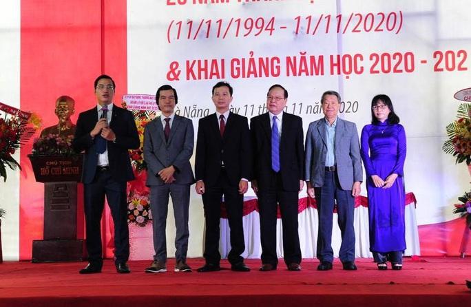 Trường ĐH Duy Tân công bố thành lập 5 trường đào tạo - Ảnh 1.