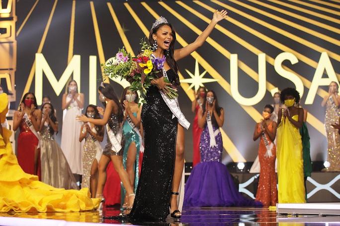 Vẻ đẹp của nữ sinh viên báo chí đăng quang Hoa hậu Mỹ - Ảnh 2.