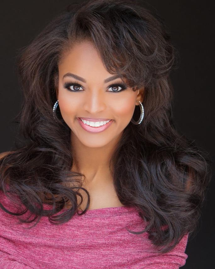 Vẻ đẹp của nữ sinh viên báo chí đăng quang Hoa hậu Mỹ - Ảnh 4.