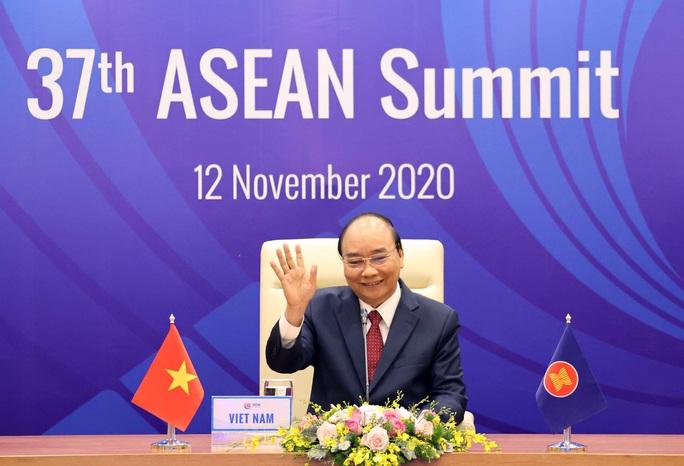 Thủ tướng công bố khoản đóng góp của Việt Nam cho Quỹ ASEAN ứng phó Covid-19 - Ảnh 2.