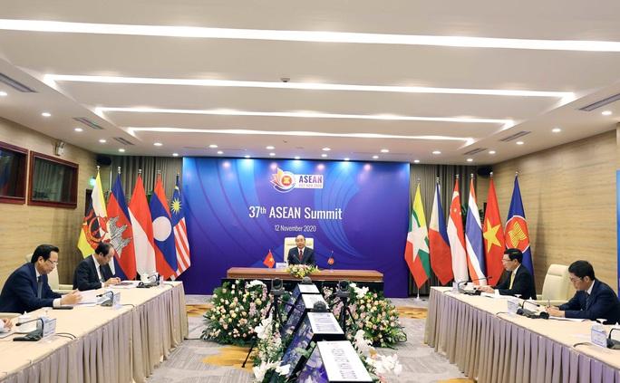 Thủ tướng công bố khoản đóng góp của Việt Nam cho Quỹ ASEAN ứng phó Covid-19 - Ảnh 3.