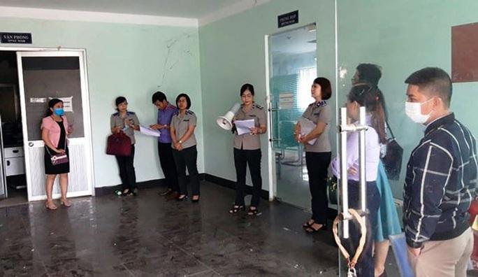 Đà Nẵng: Kê biên tài sản công ty nợ lương, BHXH của công nhân - Ảnh 1.