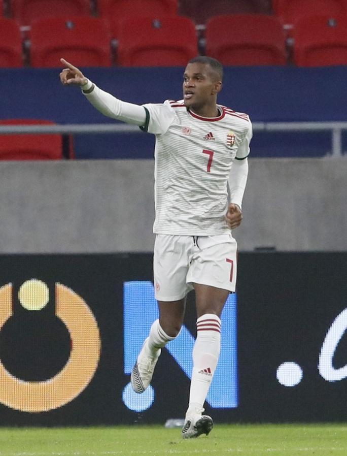 Hungary ngược dòng nghẹt thở loại Iceland, đoạt vé vàng đến Euro 2021 - Ảnh 3.