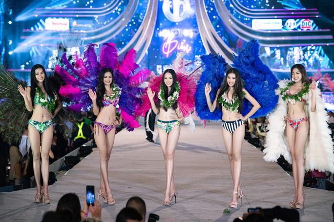 Thí sinh Hoa hậu Việt Nam 2020 hóa thiên thần nội y Victoria's Secret - Ảnh 2.