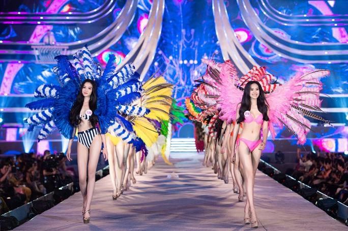 Thí sinh Hoa hậu Việt Nam 2020 hóa thiên thần nội y Victoria's Secret - Ảnh 6.