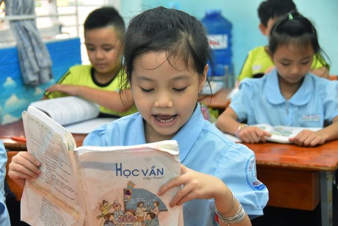 Bồi đắp tình yêu và năng lực tiếng Việt cho học sinh - Ảnh 1.