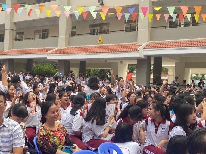 TP HCM: Học sinh hòa mình với âm nhạc dân ca - Ảnh 3.