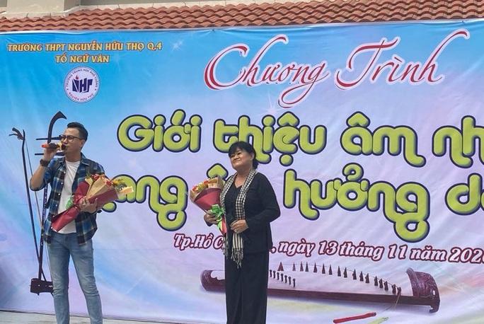 TP HCM: Học sinh hòa mình với âm nhạc dân ca - Ảnh 4.