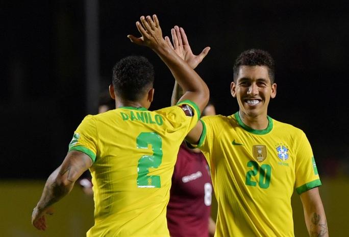 Thắng khó Venezuela sân nhà, Brazil vững ngôi đầu Nam Mỹ - Ảnh 5.