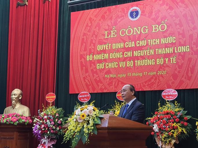 Thủ tướng trao quyết định bổ nhiệm ông Nguyễn Thanh Long làm Bộ trưởng Bộ Y tế - Ảnh 1.