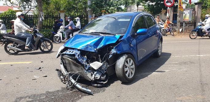 Tai nạn liên hoàn giữa xế hộp, xe ben và bán tải ở Bà Rịa - Vũng Tàu - Ảnh 6.