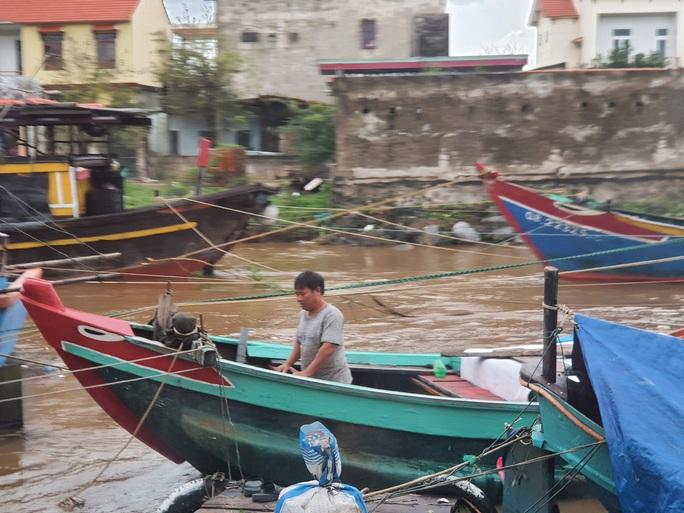 CLIP: Những thiệt hại ở Quảng Bình sau bão số 13 đi qua - Ảnh 12.