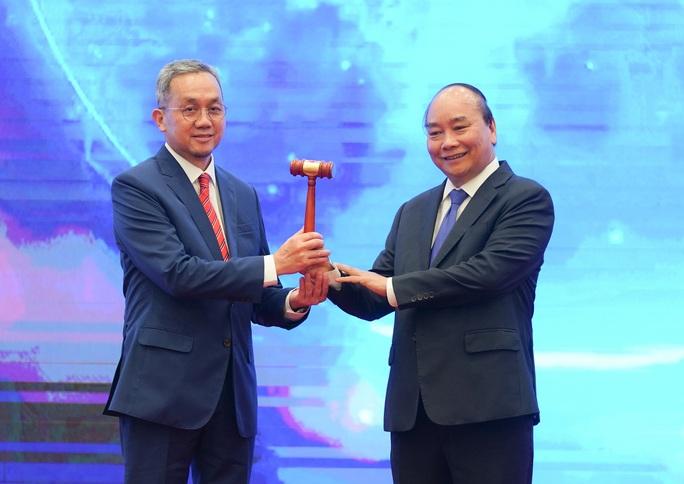 Bế mạc Hội nghị Cấp cao ASEAN 37, Việt Nam chuyển giao vai trò Chủ tịch cho Brunei - Ảnh 2.