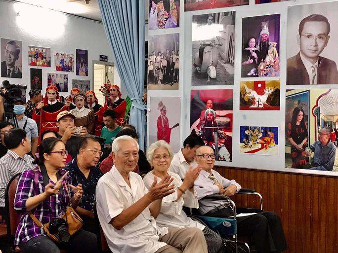 Nghệ sĩ tề tựu vinh danh NSND Đinh Bằng Phi - Ảnh 8.