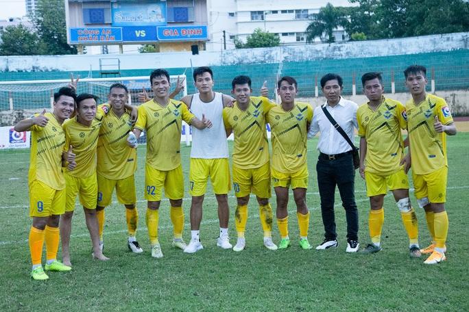 HLV Vũ Tiến Thành bị tố chèo kéo cầu thủ Giải Hạng nhất - Ảnh 3.