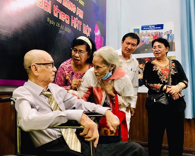 Nghệ sĩ tề tựu vinh danh NSND Đinh Bằng Phi - Ảnh 3.