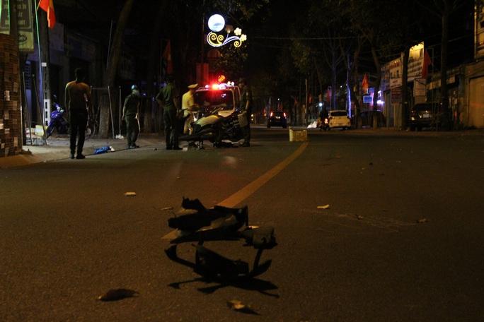 Bình Dương: Truy tìm tài xế ô tô bỏ trốn sau khi gây tai nạn  - Ảnh 1.