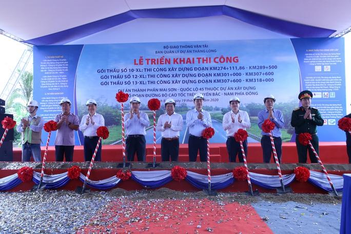 Thi công 3 gói thầu cao tốc Bắc - Nam trị giá hơn 4.000 tỉ đồng - Ảnh 1.