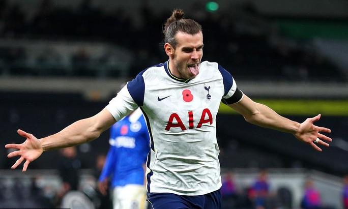 Siêu dự bị Gareth Bale tỏa sáng, Tottenham lên ngôi nhì Ngoại hạng - Ảnh 1.