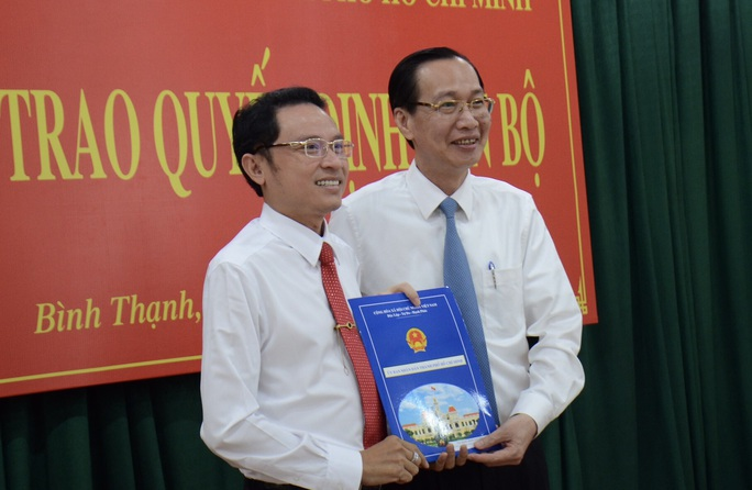 UBND TP HCM trao quyết định nhân sự chủ chốt quận Bình Thạnh - Ảnh 3.