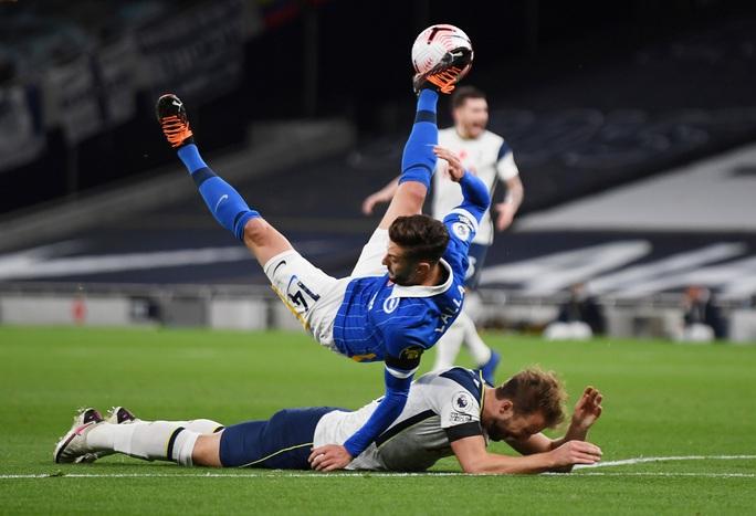 Siêu dự bị Gareth Bale tỏa sáng, Tottenham lên ngôi nhì Ngoại hạng - Ảnh 3.