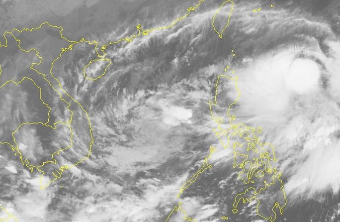 Bão số Goni vào Biển Đông trở thành cơn bão số 10, hướng vào Đà Nẵng - Phú Yên - Ảnh 2.