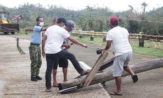 Bão Goni tha Manila, Philippines hứng tiếp cơn bão mới - Ảnh 5.