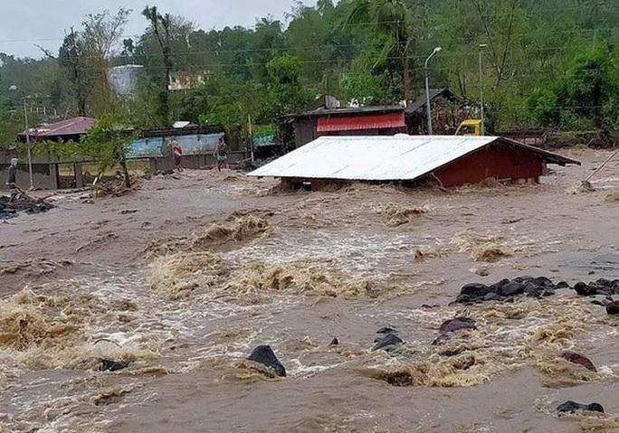 Bão Goni tha Manila, Philippines hứng tiếp cơn bão mới - Ảnh 6.