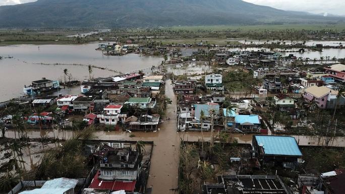 Bão Goni tha Manila, Philippines hứng tiếp cơn bão mới - Ảnh 7.