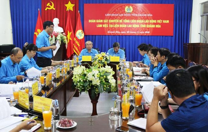 Khánh Hòa: Đẩy mạnh hoạt động chăm lo đoàn viên - lao động - Ảnh 1.