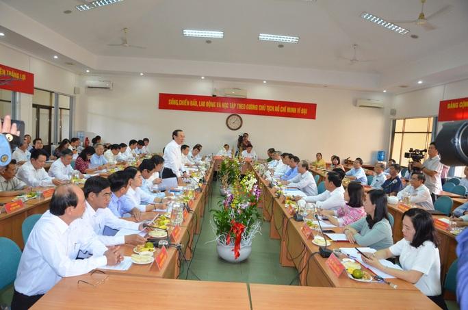 Huyện Củ Chi kiến nghị TP HCM xây dựng cảng sông - Ảnh 2.