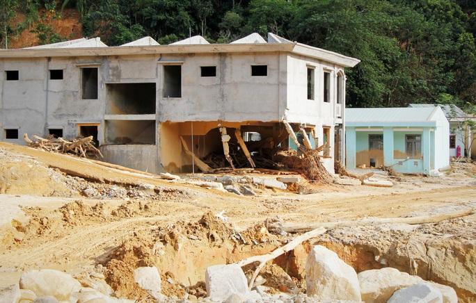 CLIP: Kinh hoàng cảnh tượng tan hoang tại Phước Thành sau 3 tuần cô lập - Ảnh 9.