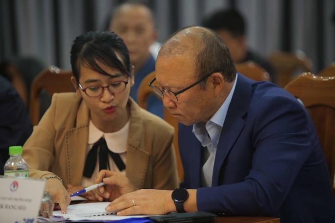 Đại hội thường niên VFF họp kín, bầu người thay ông Cấn Văn Nghĩa - Ảnh 7.
