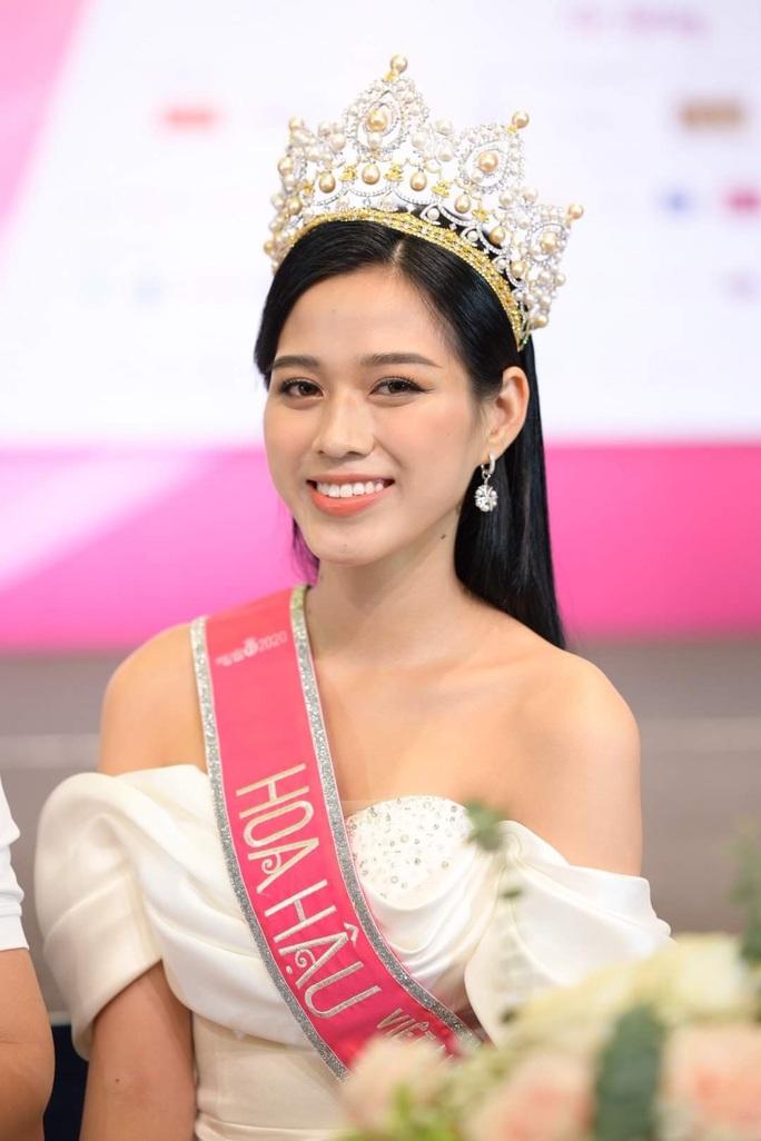 Hoa hậu Việt Nam 2020 Đỗ Thị Hà trải lòng về những phát ngôn gây thất vọng trên Facebook - Ảnh 2.