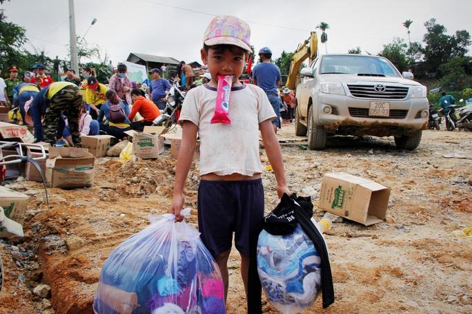 CLIP: Kinh hoàng cảnh tượng tan hoang tại Phước Thành sau 3 tuần cô lập - Ảnh 14.