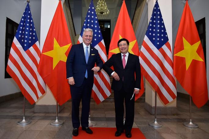 Cố vấn An ninh Mỹ: Ủng hộ Việt Nam vững mạnh, đóng vai trò quan trọng tại khu vực - Ảnh 2.