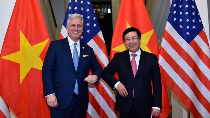 Cố vấn An ninh Mỹ: Ủng hộ Việt Nam vững mạnh, đóng vai trò quan trọng tại khu vực - Ảnh 1.