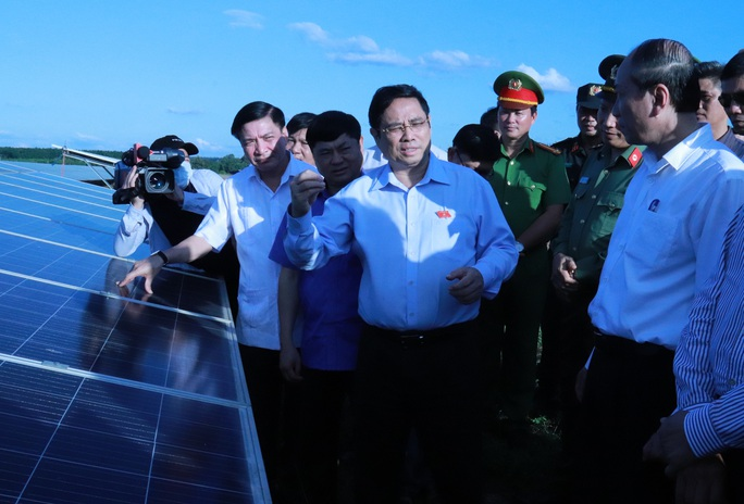 Yêu cầu tìm kiếm công nghệ xử lý tấm pin điện mặt trời - Ảnh 1.